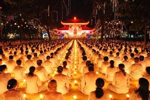 越南著名的五座寺里温暖人情的盂兰盆节 hinh anh 3