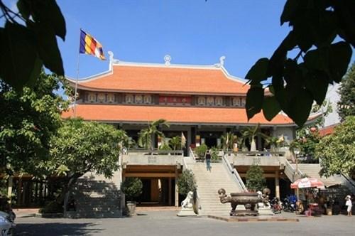 越南著名的五座寺里温暖人情的盂兰盆节 hinh anh 5
