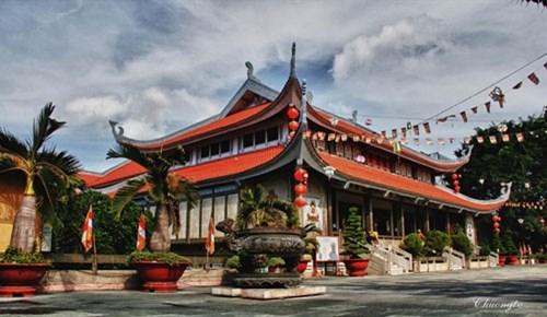 越南著名的五座寺里温暖人情的盂兰盆节 hinh anh 6