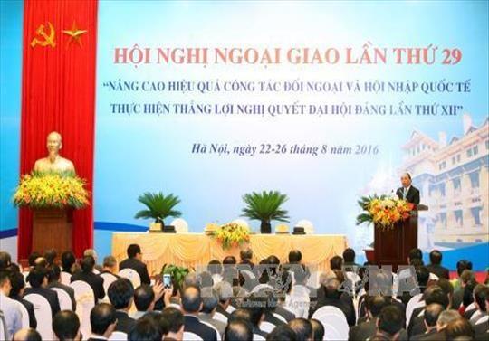 阮春福总理:努力建设建造型的外交部门 为人民和企业提供更好的服务 hinh anh 1