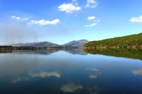 越南各地美丽的湖泊(组图) hinh anh 9