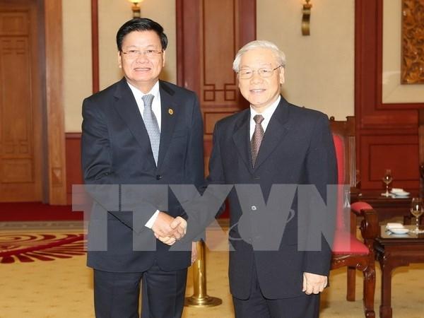阮富仲总书记会见老挝总理通伦•西苏里 hinh anh 1