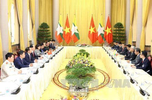 陈大光欢迎缅甸总统访越 两国元首举行会谈 hinh anh 2