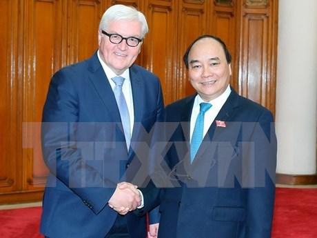 越南政府总理阮春福会见德国联邦外交部长 hinh anh 1