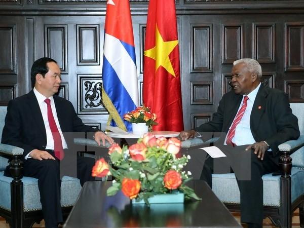 越南国家主席陈大光在古巴继续展开一系列会见活动 hinh anh 1