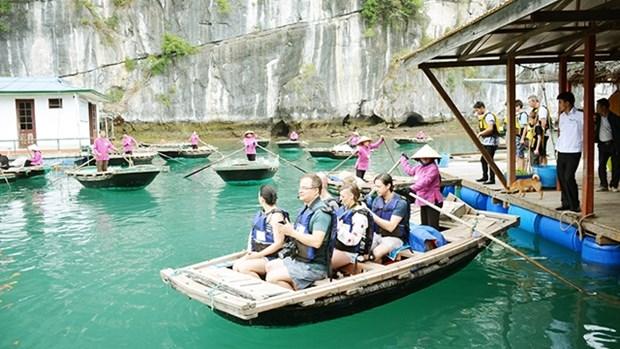 越南广宁省:实现下龙湾旅游服务多样化 hinh anh 1