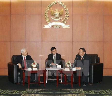 越共中央总书记阮富仲会见印尼人民协商会议领导 hinh anh 1