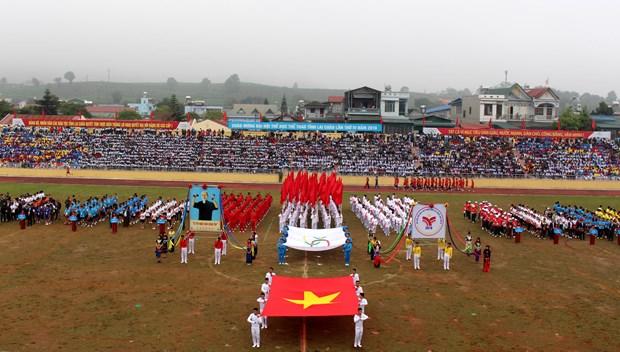 中国云南省西双版纳州体育代表团参加第4届莱州省体育运动会 hinh anh 1