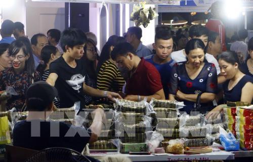 南部民间糕饼节将进一步打造成为国家品牌 hinh anh 1
