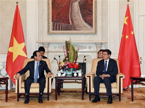 河内市祖国阵线代表团对中国进行工作访问 hinh anh 2