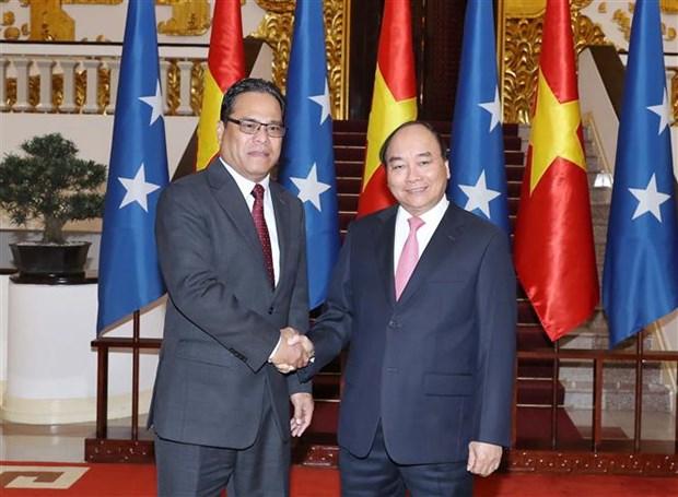 政府总理阮春福会见密克罗尼西亚联邦国会议长西米纳 hinh anh 1