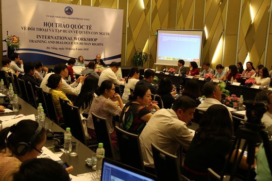 国际人权研讨会在岘港市举行 hinh anh 1