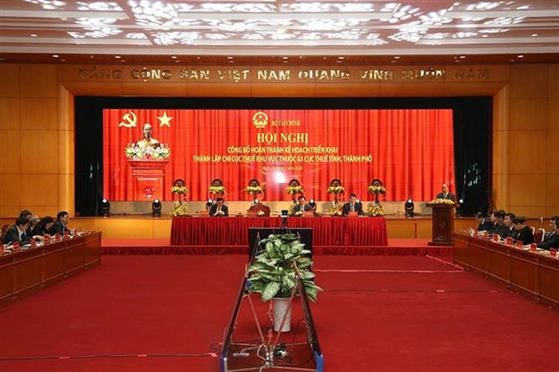 越南政府总理阮春福:税务部门要加速改革和组织结构建设 hinh anh 1
