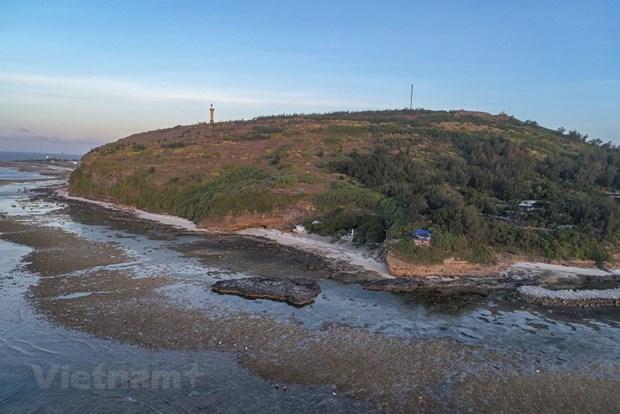 组图:航拍镜头下的广义省李山岛美景 hinh anh 11