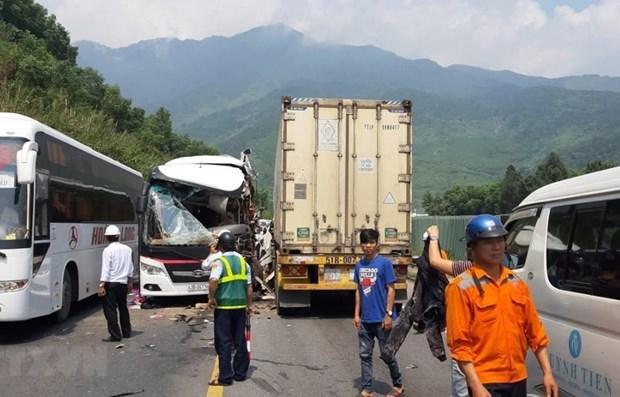 四•三十和五一劳动节假期前3天共发生76起交通事故 58人死亡 hinh anh 1