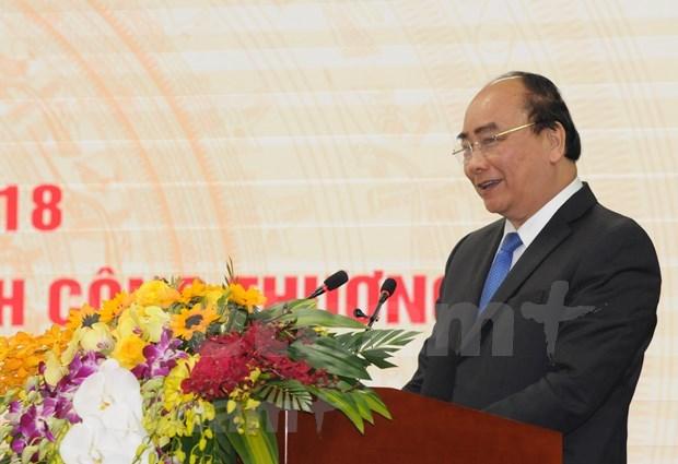 政府总理阮春福:越南必须成为世界工厂 hinh anh 1
