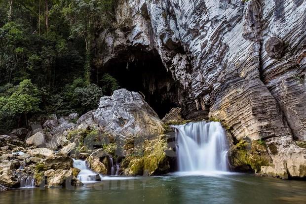 秀兰洞:充满自然的野性和神奇之美 hinh anh 3
