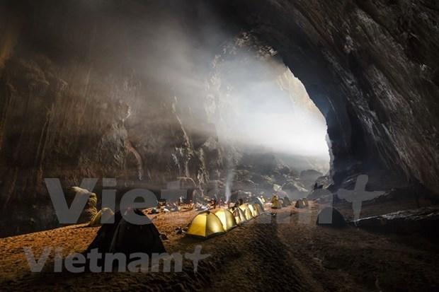 《卫报》将越南韩松洞评选为全世界最值得参观的十大虚拟景点之一 hinh anh 3
