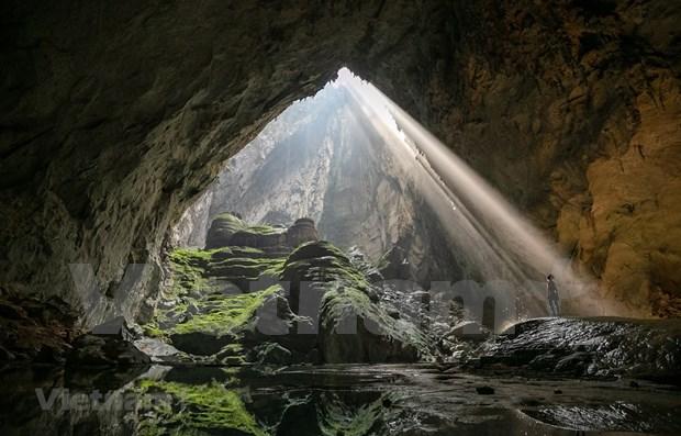 《卫报》将越南韩松洞评选为全世界最值得参观的十大虚拟景点之一 hinh anh 1