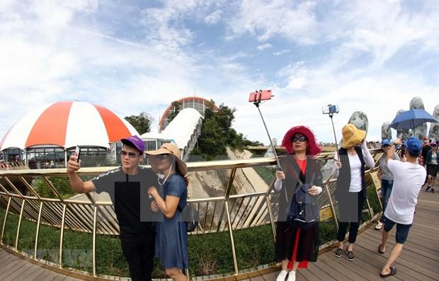 岘港市多措并举刺激旅游消费 力争接待游客量240万人次 hinh anh 1