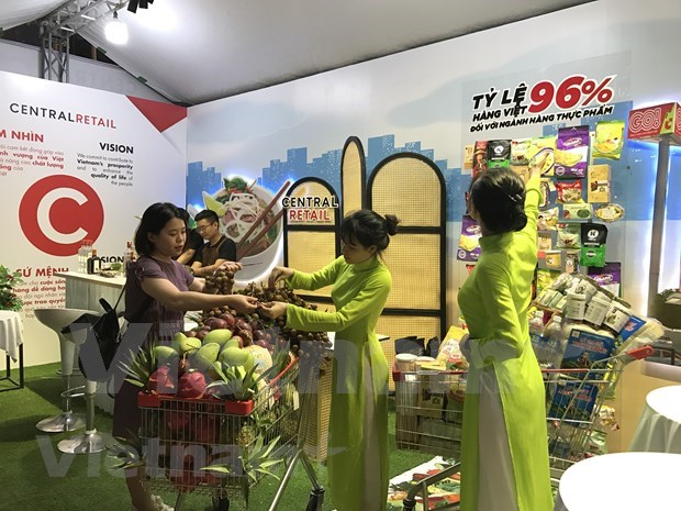 为越南国产货而自豪:刺激国内消费需求的引擎 hinh anh 1