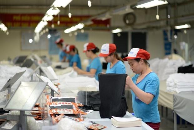 新冠肺炎疫情形势依然复杂 越南实现贸易顺差65亿美元 hinh anh 1
