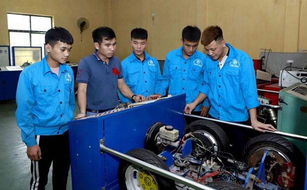 越南出国务工人员权益保障:大力拓展境外劳务市场让更多的人走上致富路 hinh anh 2