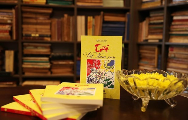 法国和越南学者眼中的越南昔日春节 hinh anh 1