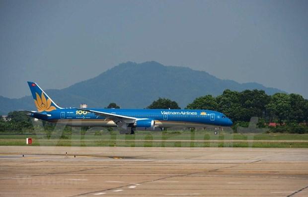 越航迎来第100架飞机提升越南航空业的国际地位 hinh anh 1