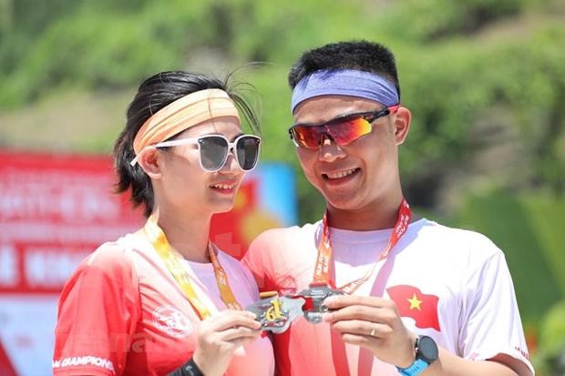 组图:2000名运动员参加在李山岛县举行的马拉松锦标赛 hinh anh 9