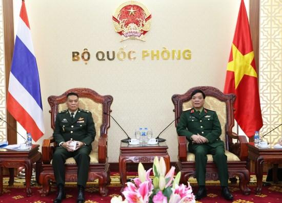 越泰军事和防务合作取得全面进展 hinh anh 1