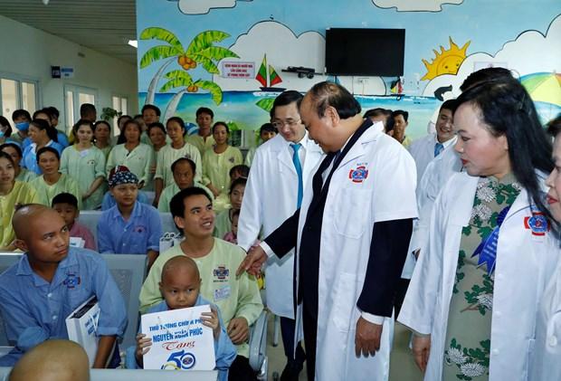 政府总理:K医院应以治疗效果和患者满意度作为奋斗目标 hinh anh 2