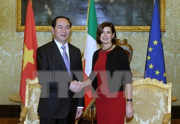 越南国家主席陈大光会见意大利参议长和众议长 hinh anh 1