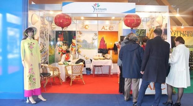 越南首次参加罗马尼亚国际旅游博览会 hinh anh 1