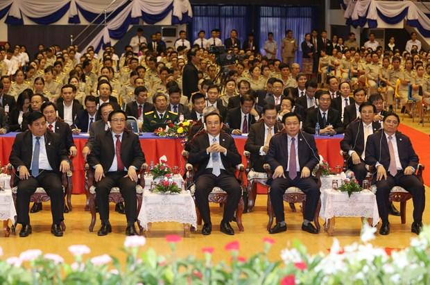 越共中央总书记阮富仲在老挝国家大学发表重要讲话 hinh anh 3