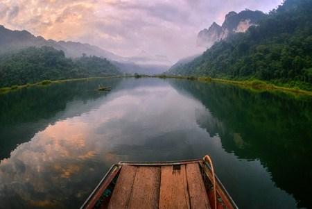 坐落在山腰上的越南最大淡水湖——三海湖 hinh anh 2