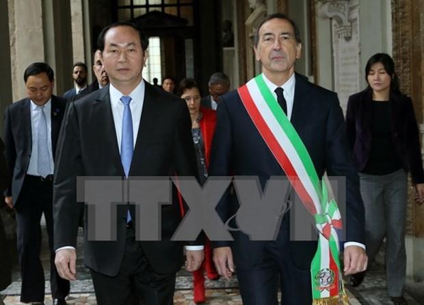 陈大光主席会见意大利米兰市和伦巴第地区政府领导人 hinh anh 1