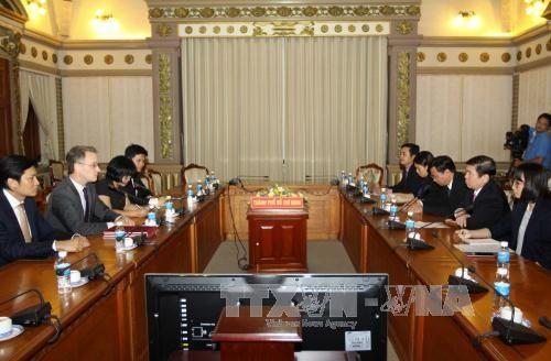 胡志明市领导会见美国拉斯维加斯金沙集团 hinh anh 1