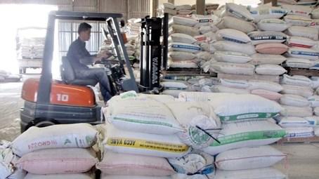 2016年前11个月越南养殖饲料和原料的进口额达30.4亿美元 hinh anh 1