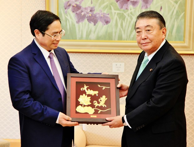 日本国会领导会见越共中央组织部部长范明政 hinh anh 2