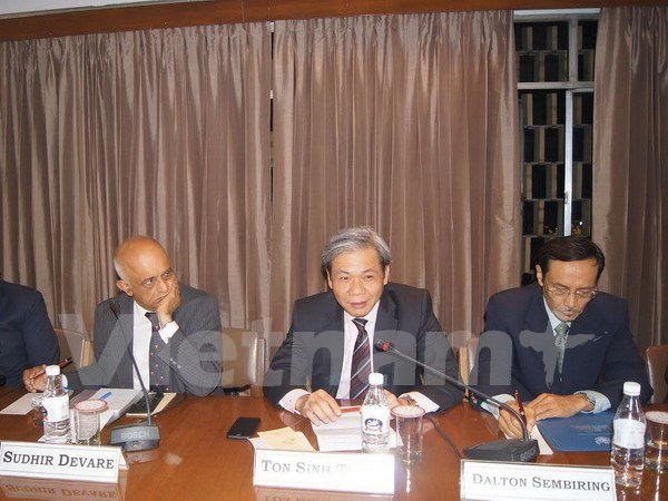 """""""东海:战略演讲,国际法和经济角度""""研讨会在印度举行 hinh anh 1"""