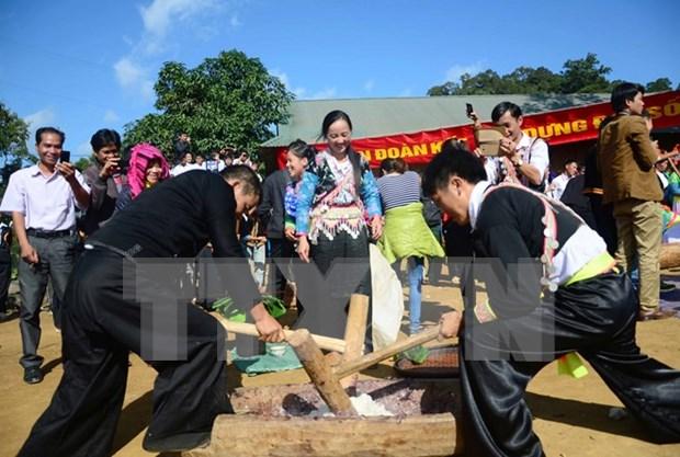 赫蒙族维护传统风俗 hinh anh 1
