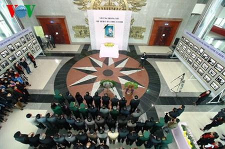 越南以国葬规格为古巴领袖菲德尔·卡斯特罗举行全国悼念仪式 hinh anh 1