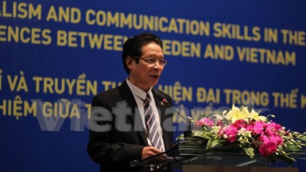 越南与瑞典分享现代新闻报道相关经验 hinh anh 1