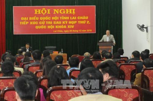 越南国会领导继续与各地选民接触 hinh anh 2