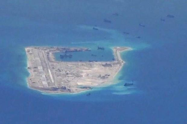美国参议员建议对中国在东海的行为采取制裁措施 hinh anh 1