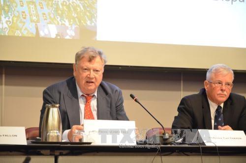 东海问题研讨会:国际学者强调了加强合作解决东海争端的重要性 hinh anh 1