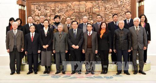 中国全国政协副主席万钢会见越南代表团 hinh anh 2