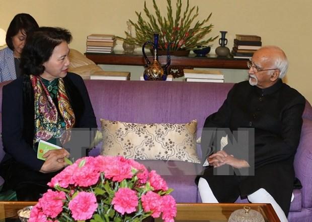 越南国会主席阮氏金银与印度联邦院议长哈米德•安萨里举行会晤 hinh anh 1