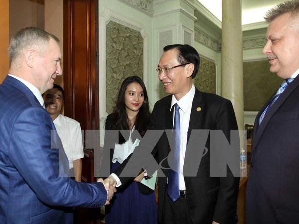胡志明市与俄罗斯库尔斯克州加强合作 hinh anh 1